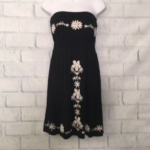 NWT embroidered cotton strapless dress